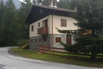 chiesa in valmalenco in  località  san giuseppe
