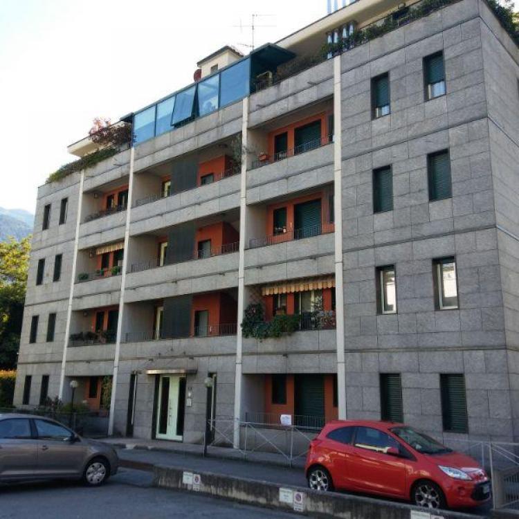 appartamento in Sondrio via adua