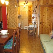 cucina appartamento Chiesa in Valmalenco in locazione via rusca
